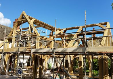 Raising an Oak Frame in the Cotswolds